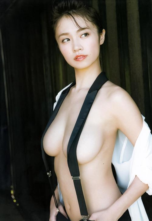 菜乃花 24