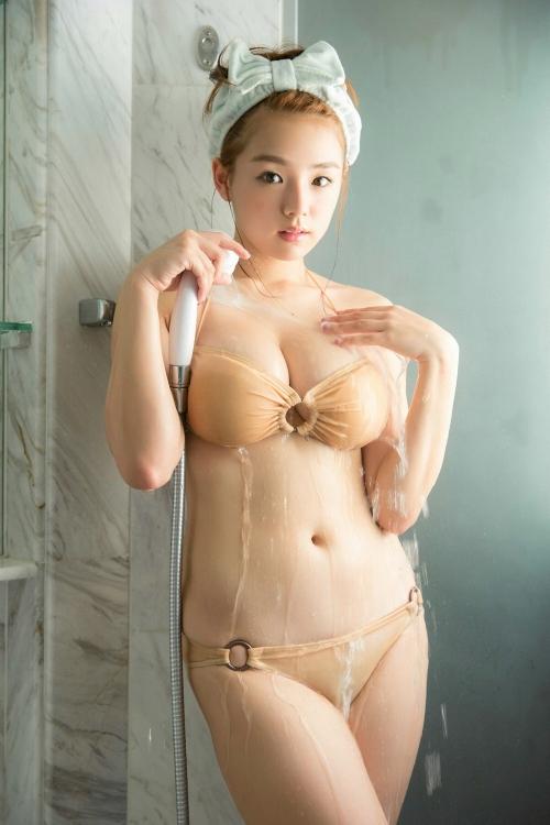 篠崎愛 45