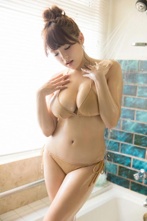 篠崎愛 48