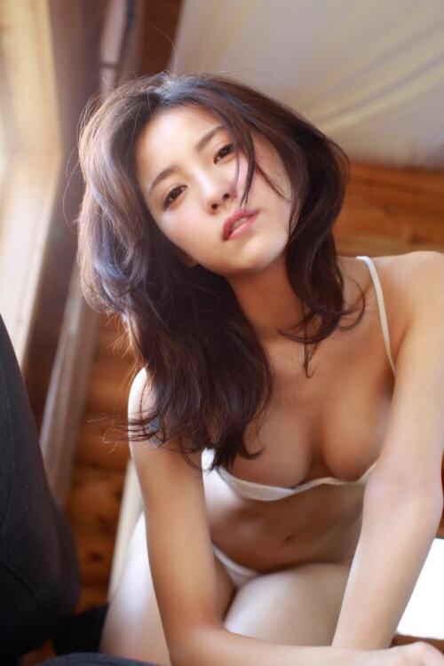 石川恋 26