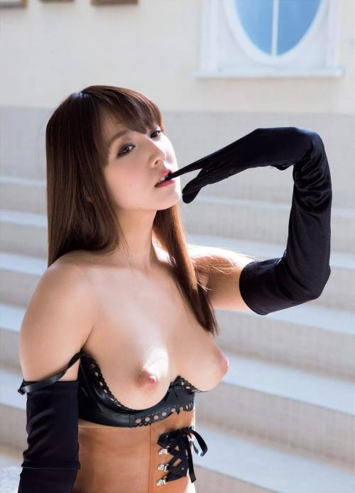 三上悠亜 03