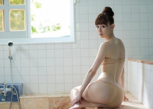秋山莉奈 49