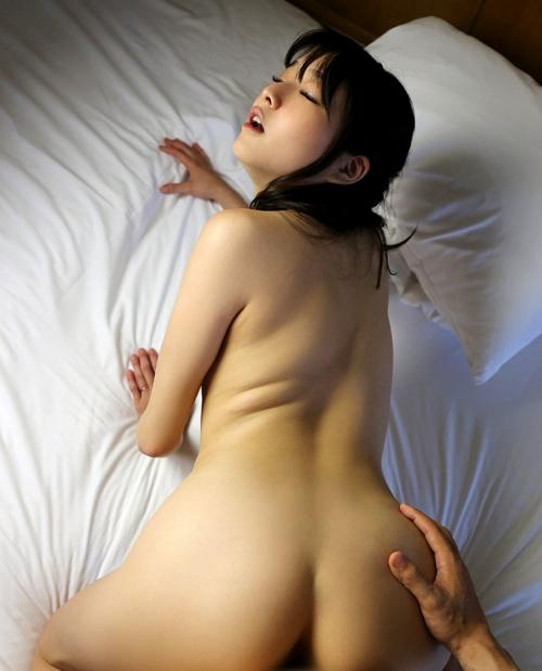 涼川絢音 26