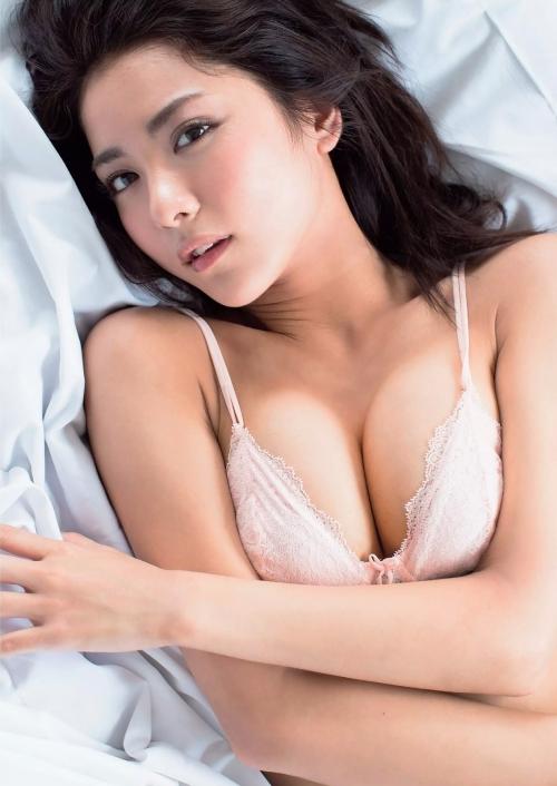 石川恋 23