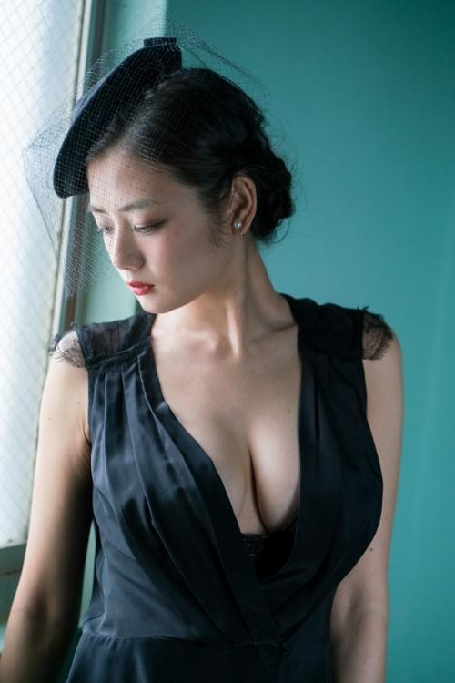 片山萌美 09