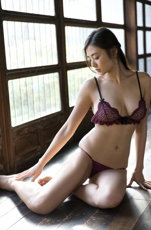 片山萌美 34