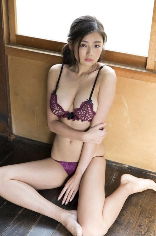 片山萌美 37