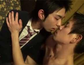 素人男子高校生と男優のハメ撮りセックスで、本気になる