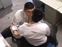 ガチムチスーツリーマンが夜のオフィスで発情ファック!!【薄消し】
