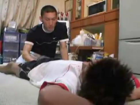 ジャニーズJr.にいそうな体操服の色男が、ハゲジジイからストーカーされる