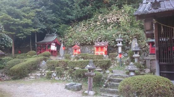 生駒山口神社12