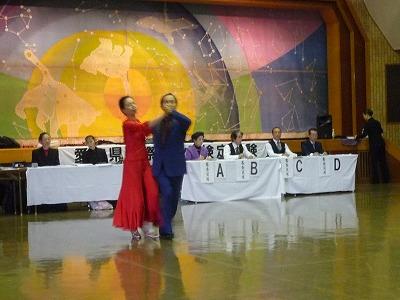 P1050386 11,1、(飯田さん)社交ダンスメダルテスト