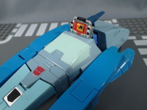 トランスフォーマー マスターピース MP-25 トラックスで遊ぼう010