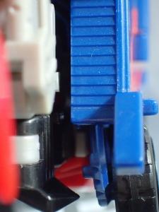 トランスフォーマー TAV33 オプティマスプライムシュプリームモード ビークルモード013