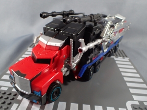 トランスフォーマー TAV33 オプティマスプライムシュプリームモード ビークルモード020