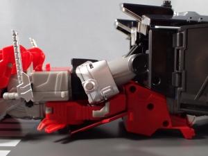 トランスフォーマー TAV33 オプティマスプライムシュプリームモード ビークルモード031