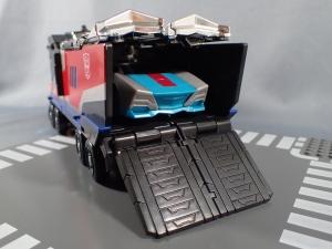 トランスフォーマー TAV33 オプティマスプライムシュプリームモードを比較で遊ぼう009