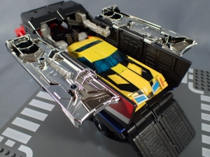 トランスフォーマー TAV33 オプティマスプライムシュプリームモードを比較で遊ぼう011