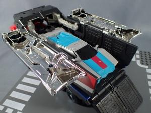 トランスフォーマー TAV33 オプティマスプライムシュプリームモードを比較で遊ぼう012