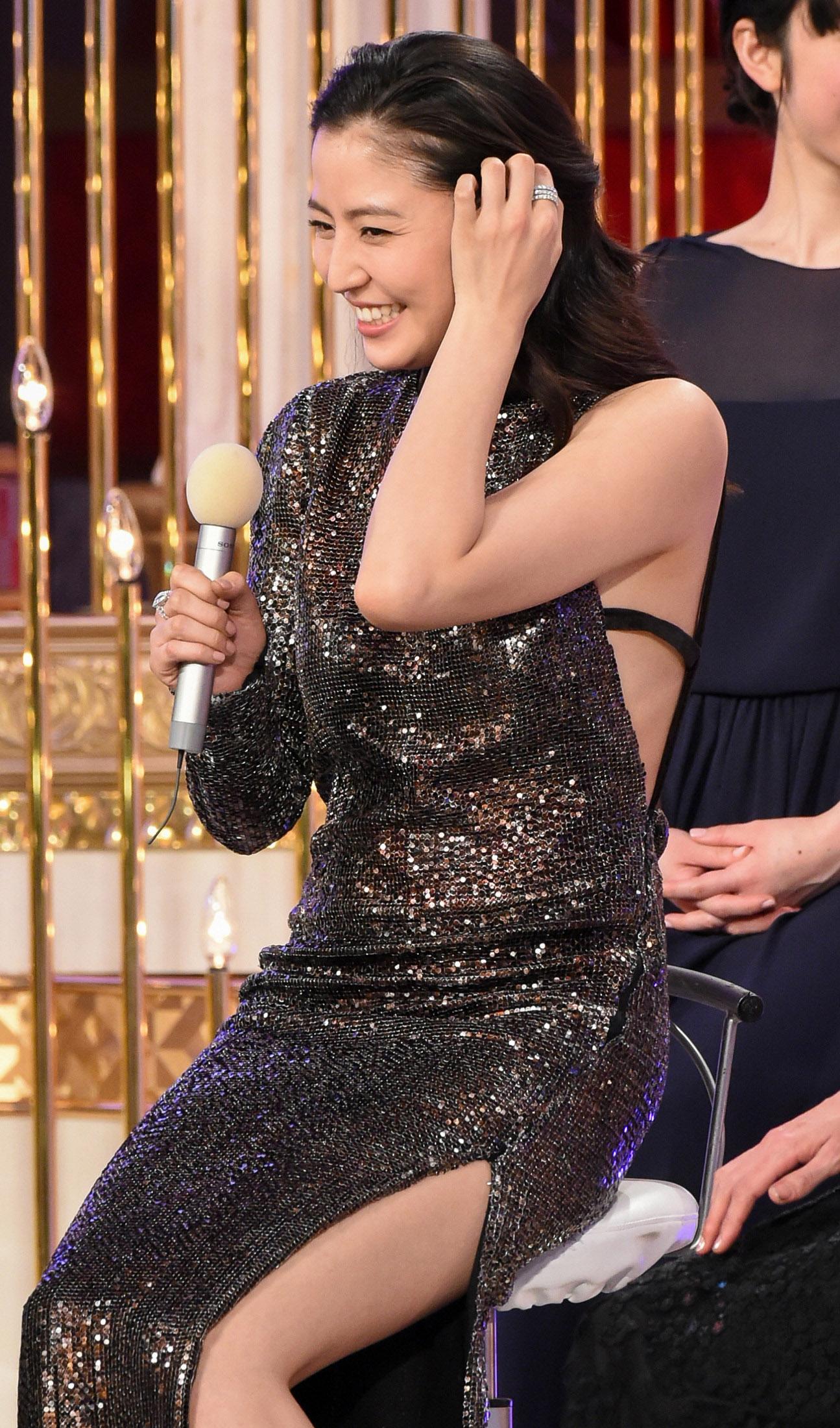長澤まさみ JAPANアカデミー賞授賞式で過激な露出衣装☆☆☆wwwwwwwwwwwwww