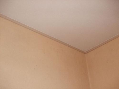 壁紙張り(クロス張り)