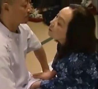 (ヒトヅマムービー)ヘンリー塚本☆還暦でも性欲が衰えない強欲ヒトヅマ☆60代の膣内内