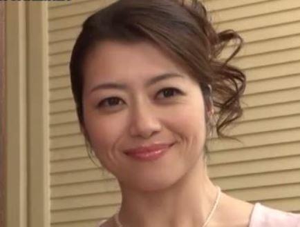 (ヒトヅマムービー)まずいょ母さんモデルお母ちゃんの挑発に耐え切れないムスコ☆北条麻妃