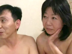 【熟年夫婦の性生活】五十路の夫婦のH無料動画。素人【五十路】NTRをリアル身体験する変態夫婦
