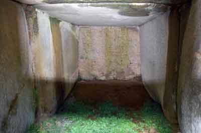 15102神明神社古墳石室