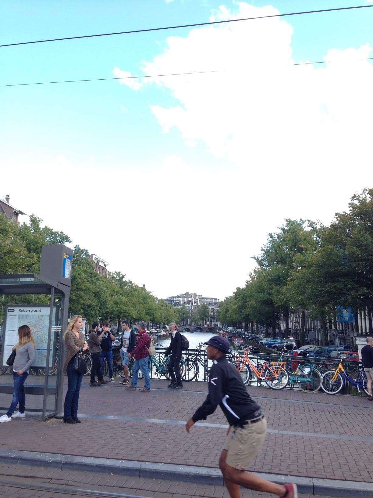 アムステルダムはこの日も快晴!