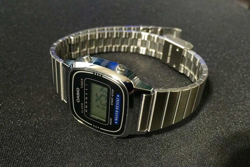 CASIO 腕時計 LA-670WA-1JF_1