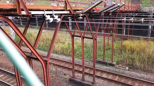 東山の人道跨線橋10