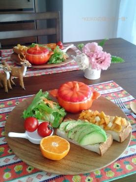 カボチャスープとアボカド&柿のオープンサンド3
