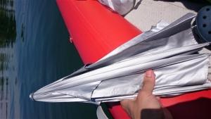 ボートでの優れもの日よけ傘