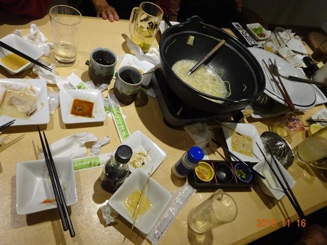 食べた後のテーブル