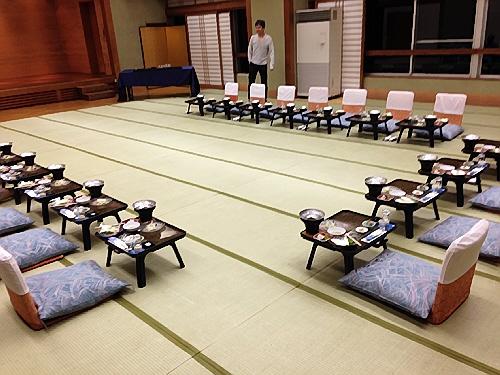 北陸の富山を代表する老舗料理宿。氷見の永芳閣(えいほうかく) で同窓会でした!
