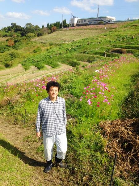 農業関係の話ですが棚田を保全する活動に参加しました。(10/25)