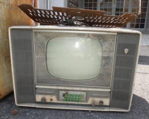 真空管テレビ