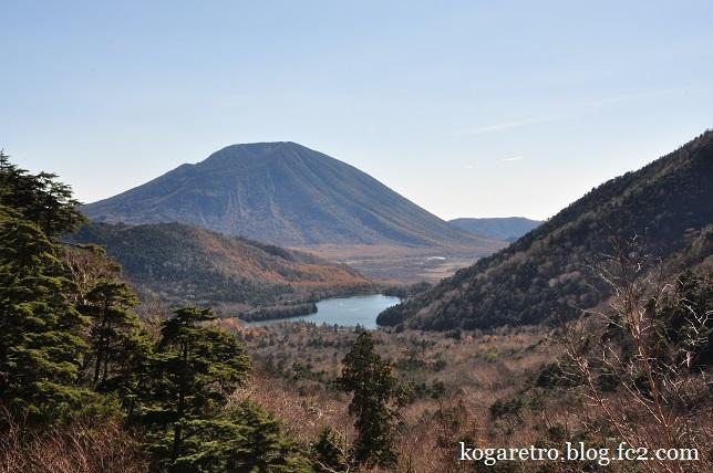 湯ノ湖と竜頭ノ滝