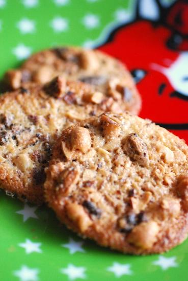 ナッツと生姜のクッキー
