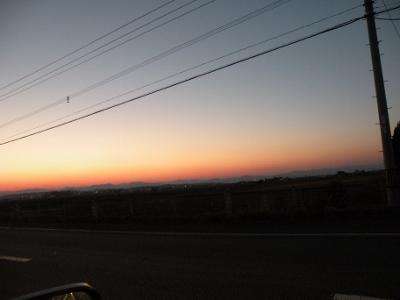 道央の地平線に沈む夕日