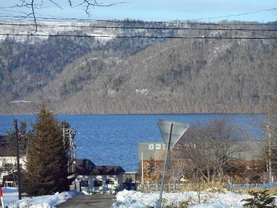 暖かい色の湖