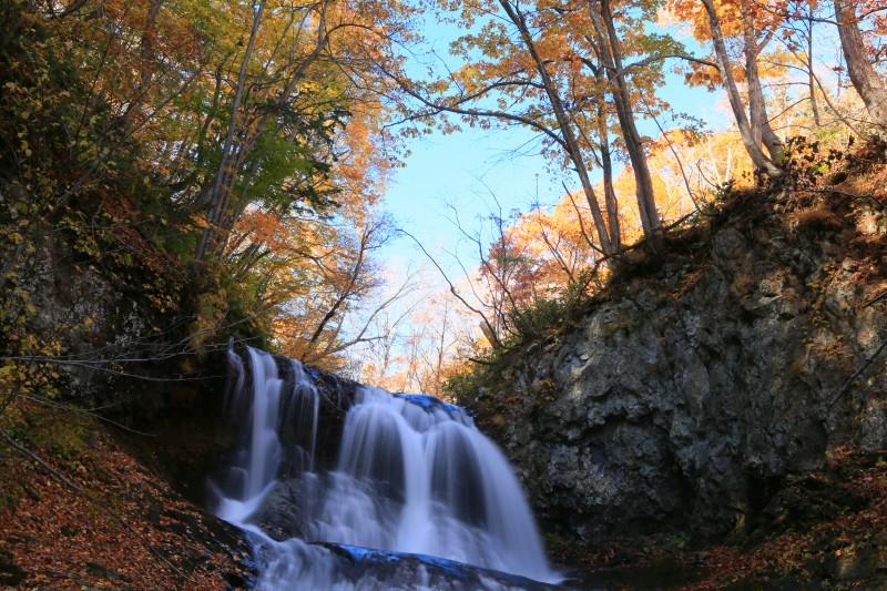 平和の滝0