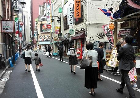 1 新宿の食堂街