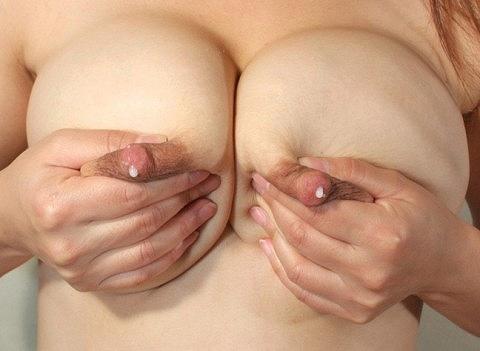 母乳おっぱい画像a14