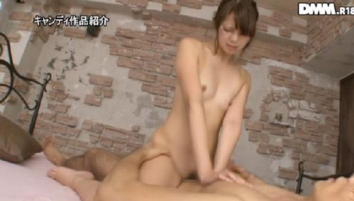 麻田みお美微乳おっぱい画像2a04