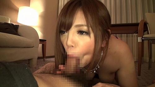伊藤りな巨乳おっぱい画像3b12