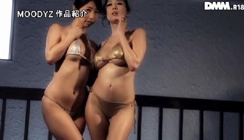 JULIAと篠田あゆみ爆乳おっぱい画像2b01