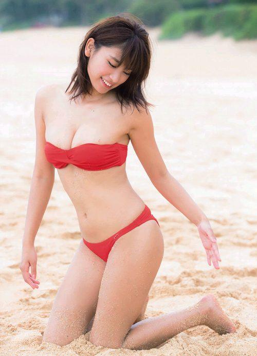 久松郁実巨乳おっぱい画像b81