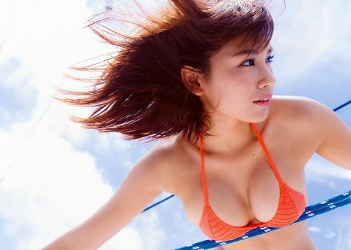 久松郁実巨乳おっぱい画像b88